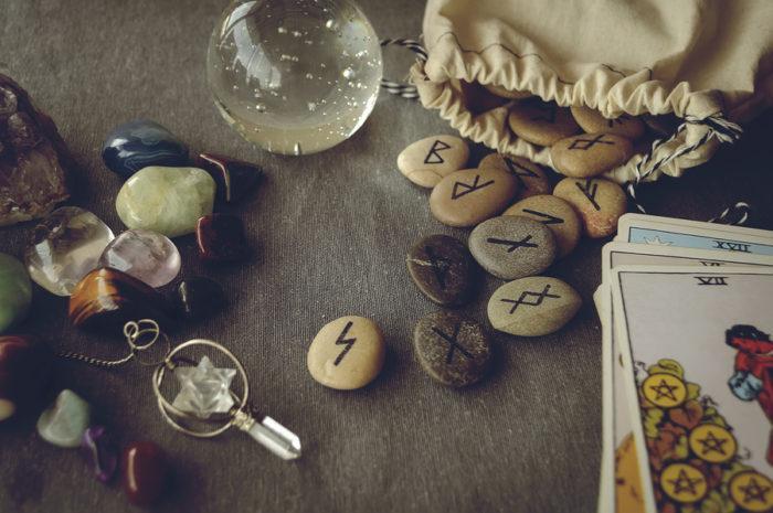 Il significato delle rune e come leggerle per avere risposte alle nostre domande